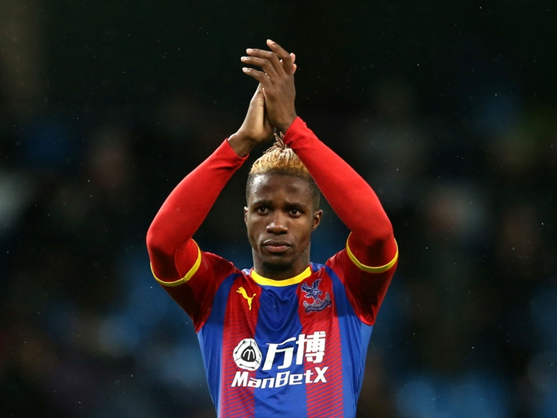 'There's been no dialogue' - Hodgson responds after Zaha linked with Dortmund