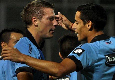 Belgrano bailó y goleó a Independiente