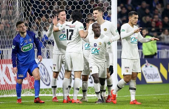 """Coupe de France - Alain Pochat (entraîneur de Villefranche) tacle le PSG : """"On va voir contre Manchester s'ils ne vont pas se faire soulever"""""""