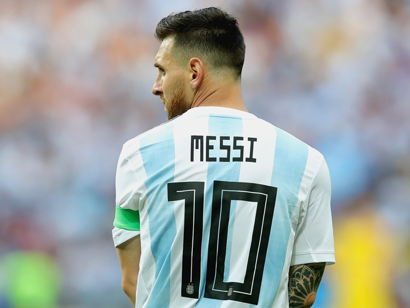 Saviola: Messi's hurt he hasn't won Argentina the World Cup - but he can do it in 2022!