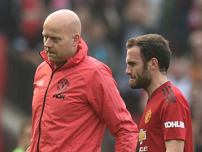 Mata to miss out for Man Utd against PSG & Arsenal as injury issues frustrate Red Devils