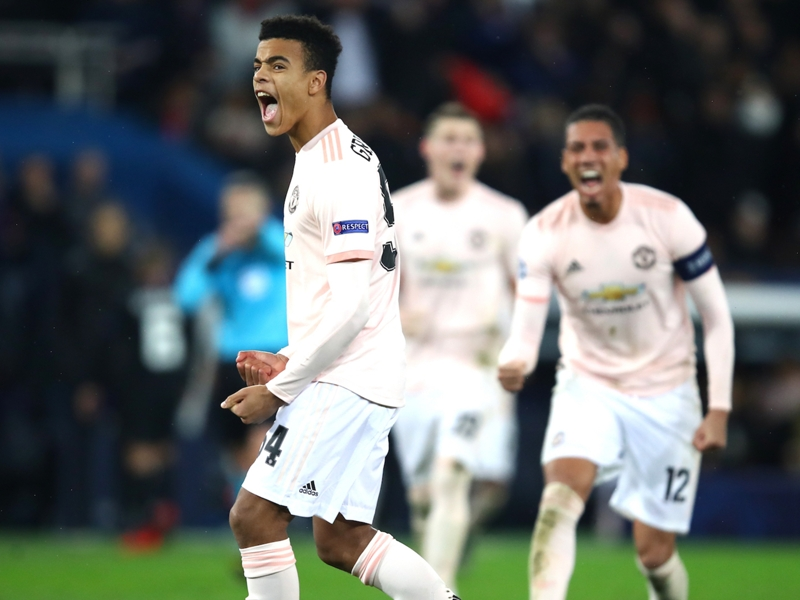 Ligue des champions - Après avoir éliminé le PSG, un jeune de Manchester United est retourné au lycée