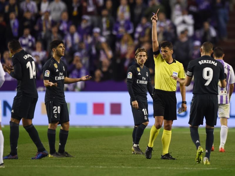 Real Madrid - À 27 ans, Casemiro a été expulsé pour la première fois de sa carrière