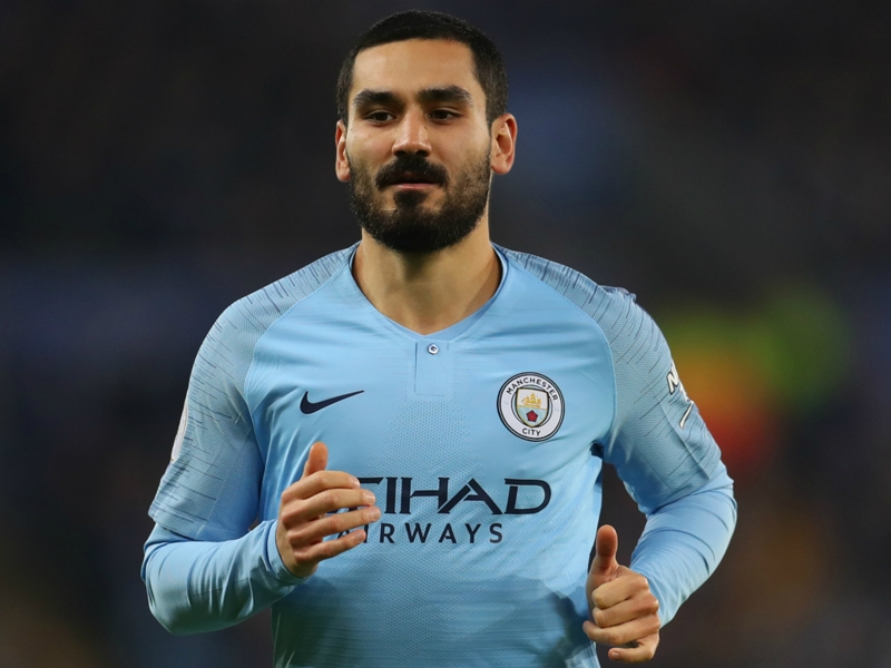 Gundogan hints at move away from Man City despite discussing new deal