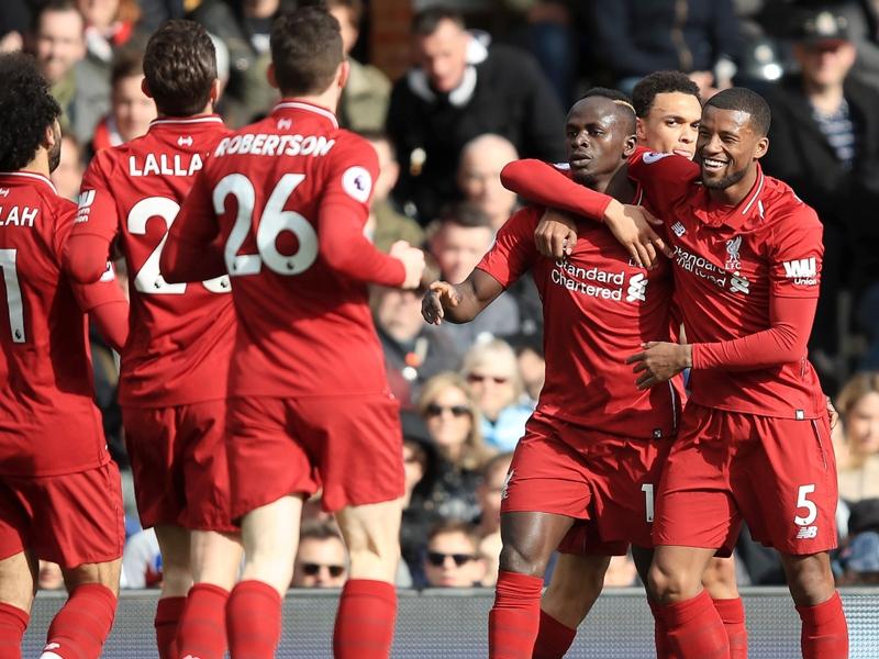 Fulham-Liverpool 1-2, Liverpool s'en sort de justesse et prend la tête de la PL