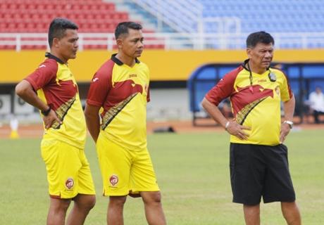 Ini Kata Benny Dolo Setelah Ditunjuk Jadi Pelatih Interim Timnas Indonesia