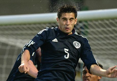 Celtic face competition for Hendrie deal