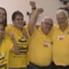 Modesto Roma Júnior (direita) comemora a vitória nas eleições