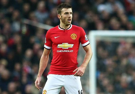 Van Gaal in Carrick captaincy mix-up