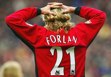 Forlan backs Mourinho for Man Utd