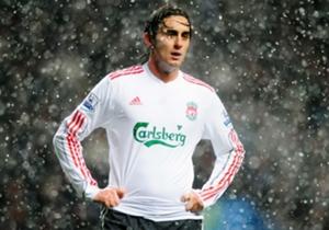 Alberto Aquilani |Mengantar Liverpool ke peringkat kedua, namun kontribusi Aquilani tak begitu terlihat nyata.