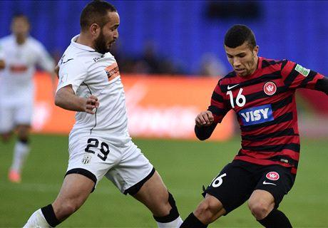 Wanderers beaten on penalties