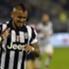 Arturo Vidal segna contro il Cagliari