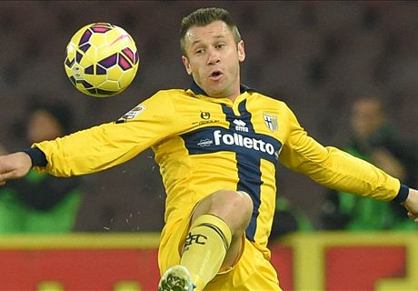 Allegri won't rule out Cassano move