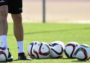 ريال مدريد تدرب مرة واحدة في مدينة الرباط يوم الاثنين الماضي (15 ديسمبر) بعد وصوله ب24 ساعة إلى المغرب، وعاد ليتدرب للمرة الثانية لكن هذه المرة على ملعب متفرع من ملعب مراكش يوم الخميس 18 ديسمبر.