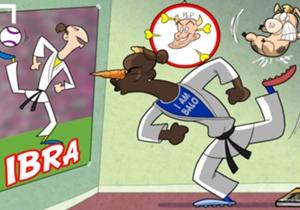 Balotelli prova ad imitare Ibrahimovic in tutto e per tutto...