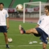 7 de junio de 2003: en la previa a un amistoso ante Japón, con Juan Román Riquelme; amistad y admiración mutua.
