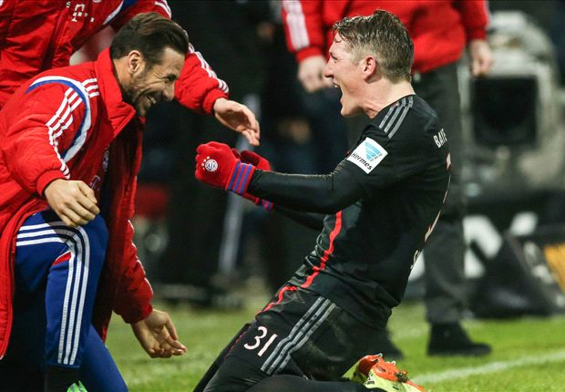 Mainz 1-2 Bayern Munich: Robben nets last-gasp winner for record-breaking Bavarians