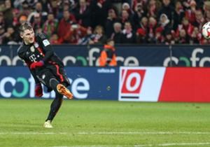 Noch einmal Bundesliga vor Weihnachten: Der 17. Spieltag und damit der Abschluss der Hinrunde wurde in Mainz eingeläutet. Der große FC Bayern gab sich die Ehre ...