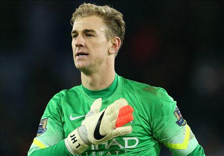 Hart signs new Man City deal