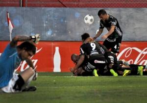 El gol de Christian Gómez le dio la victoria a Nueva Chicago frente a Gimnasia de Jujuy.