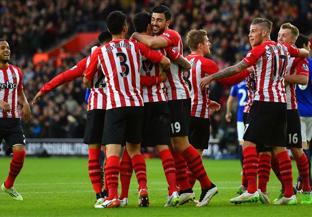 Southampton 3-0 Everton: Saints rout poor Toffees