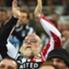 Un 'doble camiseta' literal estuvo presente en el triunfo a domicilio de Sunderland sobre Newcastle.