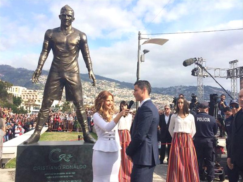 Cristiano Ronaldo Estatua Madeira