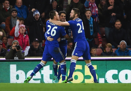 Chelsea siegt - aber bangt um Hazard