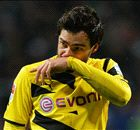 Transfer Talk: Man Utd launch Hummels move