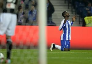 """El popular """"Cha Cha Cha"""" Jackson Martínez del Porto de Portugal alcanzó la octava posición gracias a sus 33 gritos de gol."""