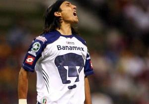 ARIEL GONZÁLEZ l Sólo cuatro goles en dos torneos de este atacante argentino.