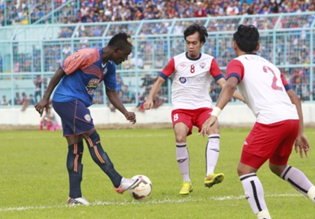 Arema Cronus Bekuk Klub Malaysia