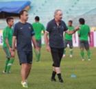 PSM Makassar Ditinggal Alfred Riedl