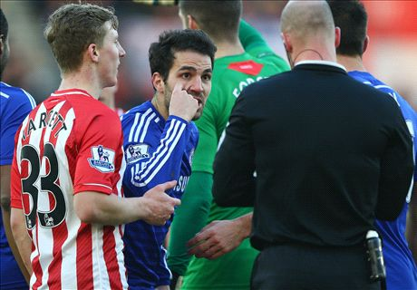 Cesc slams ref: He had a bad game