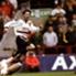 Manchester United – Arsenal 2:1   1999   United jagte das historische Triple und bekam es im Villa Park mit Arsenal zu tun. Ein echtes Topspiel. David Beckham brachte die Red Devils in Führung, ehe Dennis Bergkamp ausglich. In der Verlängerung gelang R...