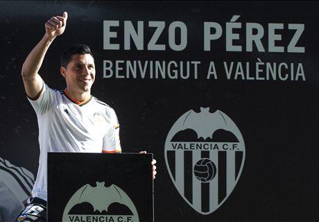 El Valencia presenta a Enzo Pérez