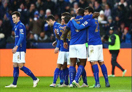 Leicester sigue en la FA por Ulloa