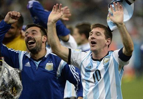 I wouldn't like to be Messi - Lavezzi
