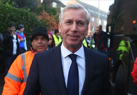 Pardew: Palace need to 'open wings'