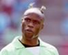 Taribo West: El defensor nigeriano sorprendi� a todos en el Mundial de 2002 cuando apareci� con eso en la cabeza. ¿Ya se hablaba en ese a�o de los 'brotes verdes'? S�, era su pelo...