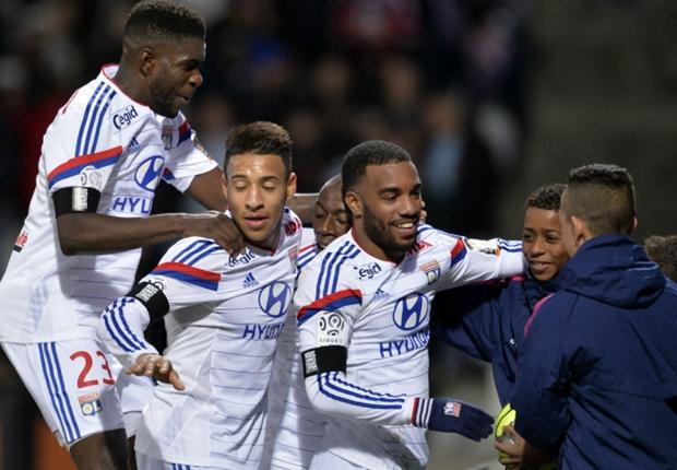 Lyon 3-0Toulouse : Lyon prend les commandes