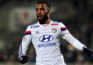2 - Alexandre Lacazette (Lyon), 21 buts