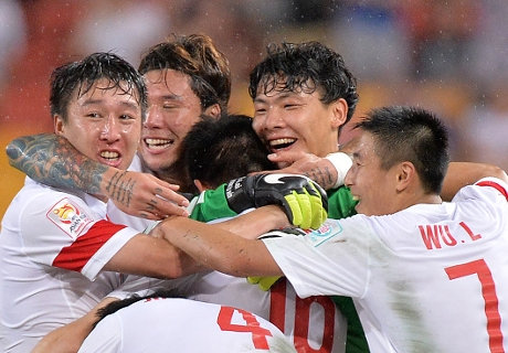 จีนรัวครึ่งหลังแซงดับอุซเบฯ 2-1 ลิ่ว 8 ทีมอช.คัพ