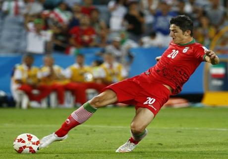 VIDEO: Azmoun scores spinning strike