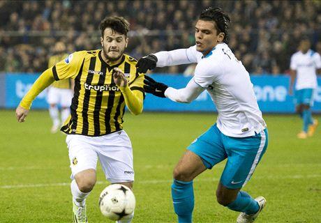 Maher schiet PSV vroeg langs Vitesse