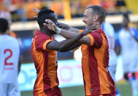 Sneijder führt Gala zum Sieg