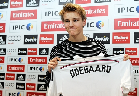 Bale accueille Odegaard