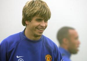 GERARD PIQUE | Manchester United kaufte 2004 den Innenverteidiger aus der Jugend des FC Barcelona für 5,25 Millionen Euro. Der damals 17-Jährige machte auch tatsächlich eine große Karriere, allerdings erst nach seiner Rückkehr zu den Blaugrana im Jahre...