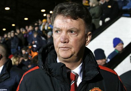 Man Utd a mess but is it all LVG's fault?
